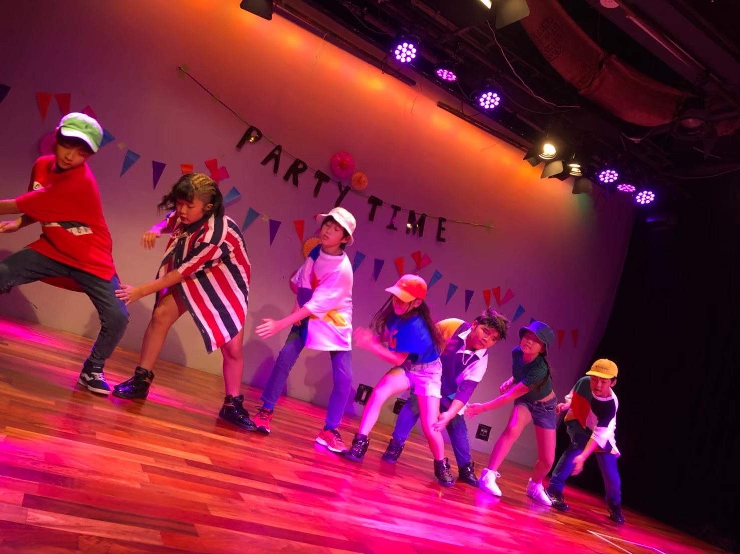 多摩市のダンススタジオ DANCE STUDIO 4 LIKES